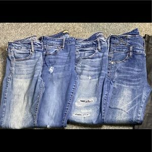 4 jeans for $40 Good condition